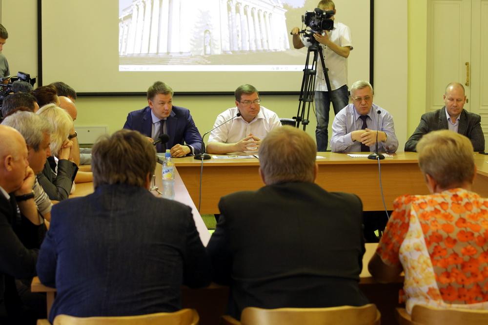 Во вторник, 6 августа, в малом зале ДК им. Гагарина прошло заседание Нового Совета.  Кандидаты, выдвинутые от партии...